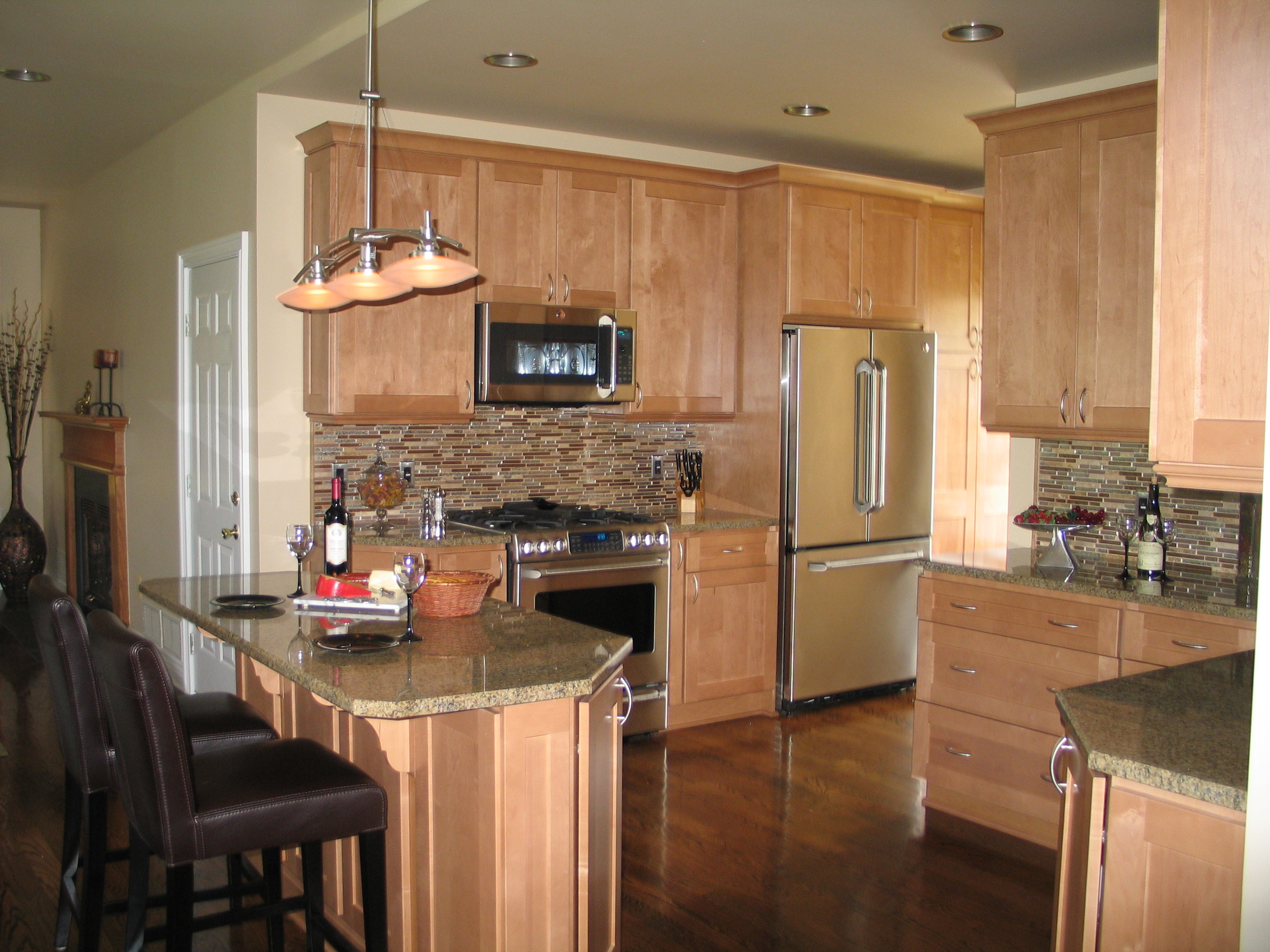 Central jersey nari 2012 contractor of the year winners for Split foyer kitchen ideas